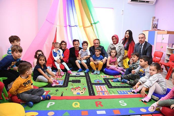 Tuzla Belediye Başkanı Dr. Şadi Yazıcı'nın eğitim ve sosyal belediyeciliği bir araya getiren projesi Anne Çocuk Eğitim Merkezi, 6.yılında.
